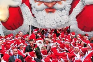 DSC_4092 Vlak voor start Santarun Kerstmannen voor tent